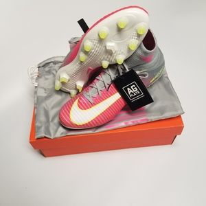 Nike Mercurial Superfly V 844212-611 W 11.5 / M 10